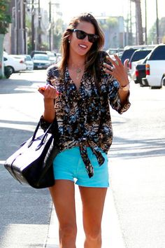 TurquoiseShorts_Lostinvogue_02 Turquoise shorts + summer tan = must have!