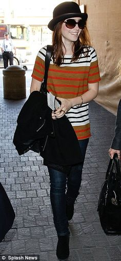 Bowling them over with style! Lily Collins sports androgynous look as she jets… Lily Collins Dress, Lily Collins Style, Phil Collins, Sandra Bullock, Sandro, Androgynous Look, Summer Outfits, Cute Outfits, Petite Outfits