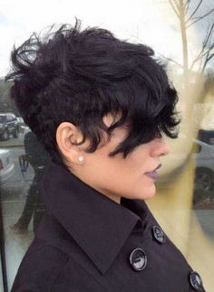 Trendy Short Haircuts: Hairstyles for Wavy Hair I am really feeling this style. Makes me wanna cut my hair again . HemmmmI am really feeling this style. Makes me wanna cut my hair again . Haircuts For Wavy Hair, Short Curly Hair, Hairstyles Haircuts, Curly Hair Styles, Short Pixie, Curly Pixie, Short Wavy, Short Haircuts, Short Cuts
