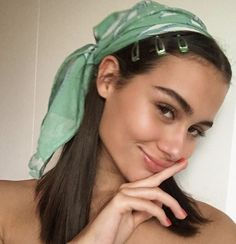Find images and videos about style, pretty and beauty on We Heart It - the app to get lost in what you love. Scarf Hairstyles, Cute Hairstyles, Bandana Hairstyles Short, Blonde Hairstyles, Easy Hairstyle, Head Scarf Styles, Grunge Hair, Hair Looks, Short Hair