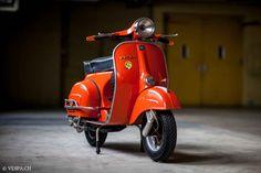 Vespa GTR 1976, 4'390 Km, im O-Lack, original condition, conservata. Over 70 more pictures here: https://ve8pa.ch/2016/05/01/triple-orange-vespa-1976-gtr-mit-4390km-im-o-lack/