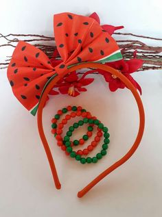 Diademas Hair Ribbons, Diy Hair Bows, Diy Bow, First Birthday Favors, 1st Birthday Girls, Diy Lip Gloss, Christmas Hair Bows, Watermelon Birthday, Hair Bow Tutorial