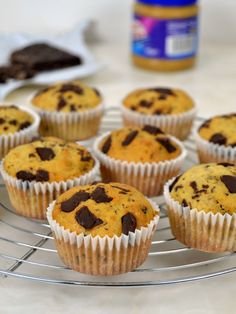 Muffins de crema de cacahuete y chocolate Cooking Recipes, Breakfast, Chocolate, Food, Cake Pops, Pastel, Fitness, Blame, Butter Cupcakes