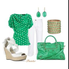 I love this top! Especially with the white pants and the matching earrings.