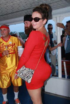 Blog - Kim Kardashian's derriere