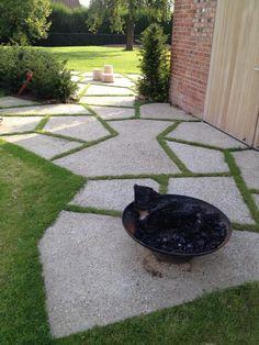 Afbeeldingsresultaat voor architecturaal gewassen beton