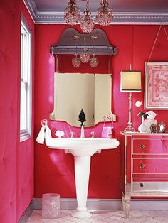 braxton and yancey: HOT PINK LOVE IN THE BEDROOM.....AND THE BATHROOM....AND THE KITCHEN