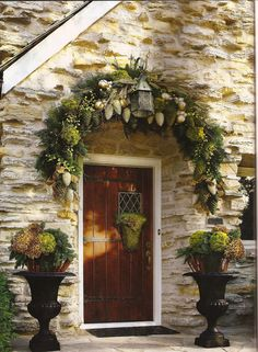 Outdoor Christmas Decorations For A Holiday Spirit- Browse holiday and seasonal decoration designs and ideas for your home. Get a new Christmas decor look with these fabulous Outdoor Christmas Decorations for a Holiday Spirit. Christmas Entryway, Christmas Front Doors, Christmas Porch, Noel Christmas, Outdoor Christmas Decorations, All Things Christmas, Christmas Wreaths, Holiday Decor, Xmas