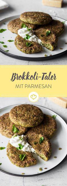 Außen knusprig und innen weich: Diese Brokkoli-Parmesan-Taler sind in nur wenigen Schritten zubereitet.