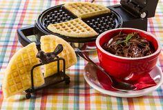 Waffle sem Glúten - receita da Chef Eliana Lenz do restauante LenzGourmet de Campos do Jordão, leva fubá na massa.
