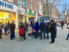 MFI Preaches Message of Love at Croydon Town Centre!