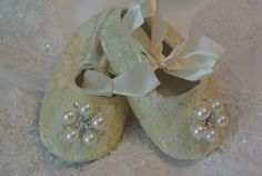 Champagne lace baby shoes is just right  for by CallaAnnDesigns, $19.00