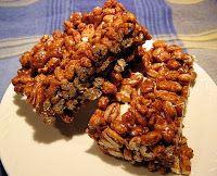 """Insatiablement curieuse: """"Puffed wheat cake"""" ou carrés chocolatés au blé soufflé"""