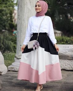 latest fashion trends that looks trendy! Modern Hijab Fashion, Muslim Fashion, Modest Fashion, Girl Fashion, Fashion Outfits, Fashion Design, Fashion Trends, Modest Dresses, Modest Outfits