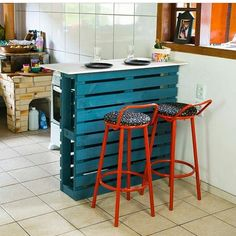 8 accessories that make you want to have a pastel room! Homemade Furniture, Diy Furniture Couch, Diy Pallet Furniture, Diy Furniture Projects, Diy Pallet Projects, Rustic Furniture, Project Projects, Kitchen Furniture, Pallet Ideas