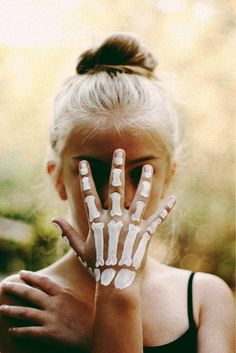 """Wow - wish I had thought about skeleton body paint like this for Halloween... Super easy, and you can even do it with """"paint"""" that is made for the bath. It's very gentle on the skin, made for kids but works great for adults, too. ~~ Houston Foodlovers Book Club"""