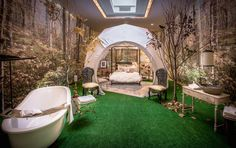 """Holiday House NYC See an Upper East Side Mansion Transformed """"Outdoor"""" bedroom Outdoor Bedroom, Outdoor Rooms, Outdoor Decor, Nyc Holidays, Interior Design Shows, Crystal Chandelier Lighting, Upper East Side, House Design, Mansions"""