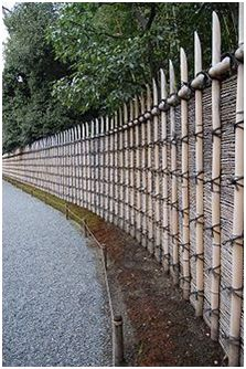 Outdoor: Exterior Wall Imperial Villa Of Katsura Century) Bamboo Fencing Wall Katsura Japanese Style Bamboo Fencing As Well As Traditional Bamboo Fence For Private Garden Fence Design Bamboo House, Bamboo Wall, Fence Design, Garden Design, Bamboo Garden Fences, Japanese Fence, Japanese Bar, Japanese Style, Bamboo Building