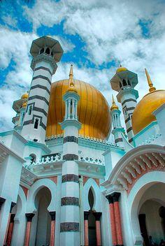 Masjid Ubudiah (Ubudiah Mosque / Perak's royal mosque) |  Kuala Kangsar, Malaysia