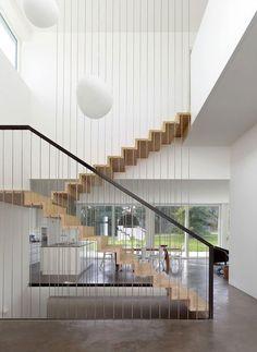Corrimano e ringhiere per scale interne dal design moderno n.11