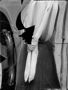 Distortion # 98 , Paris, 1933 by André Kertész Andre Kertesz, A Level Photography, Creative Photography, Photography Ideas, Broken Mirror, Robert Doisneau, Surrealism Photography, Photo B, Black N White