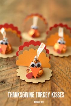Make cute little paper craft Thanksgiving Turkey Kisses this Thanksgiving. These make a fun craft for kids and a sweet treat to give family and friends. Thanksgiving with Kids Thanksgiving Food Crafts, Thanksgiving Turkey, Thanksgiving Decorations, Holiday Crafts, Holiday Decor, Fall Paper Crafts, Thanksgiving Place Cards, Thanksgiving Parties, Autumn Crafts