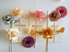 Not just a greeting card. a flower to keep this template coming to our new etsy shop soon Crepe Paper Flowers Tutorial, Crepe Paper Roses, Paper Flowers Craft, Flower Crafts, Paper Crafts, Bouqets, Alternative Bouquet, Paper Bouquet, First Anniversary Gifts