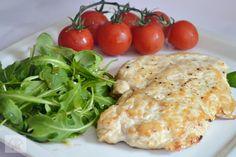 Briose pizza - CAIETUL CU RETETE Chicken Nuggets, Penne, Meat, Food, Salads, Chicken Fingers, Essen, Meals, Yemek