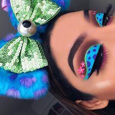 42 newest halloween makeup ideas to complete your look 45 Dope Makeup, Makeup Eye Looks, Eye Makeup Art, Crazy Makeup, Pretty Makeup, Makeup Tips, Makeup Ideas, Disney Eye Makeup, Disney Inspired Makeup