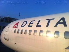 PAP, Toussaint Louverture airport. Port au Prince, Haiti — 2012.12.01 // Delta Boeing 757-300 N581NW bound for ATL as Flight DL8857.