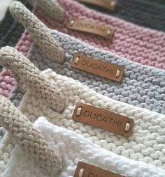 Details . . . It's all about the details with handmade things.  While you are knitting endless garter rows, your brain has enough time to find a new solution for the hanger.  #knitters#knit#knittersofinstagram#strikked#tricot#breien#stricken#strikket#knitting##вязаниеназаказ#вязание#knitting#drops#dropsdesign#dropsfan##knits#worldsfiberart#knitstagram#knitting#strikking#yarn#wool#potholder#dishtowels#diy#topflappen