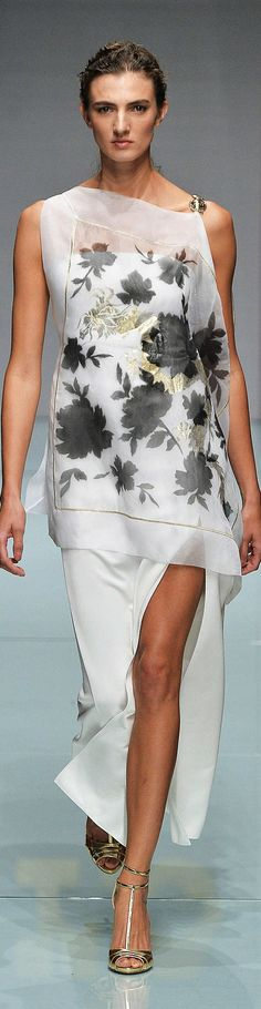 Roccobarocco ~ Spring Black+White Floral Maxi Dress w Side Slit, 2015