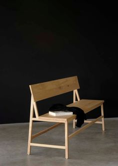 simple furniture Belgian design: furniture from Ethnicraft - simple, minimal kitchen bench Simple Furniture, Solid Wood Furniture, Living Furniture, Furniture Making, Modern Furniture, Furniture Design, Outdoor Furniture, Furniture Stores, Cheap Furniture