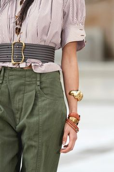 Spring Fashion Trends, Summer Trends, Spring Summer Fashion, Autumn Winter Fashion, Spring Outfits, Fashion Hub, Fashion Details, Fashion News, High Fashion