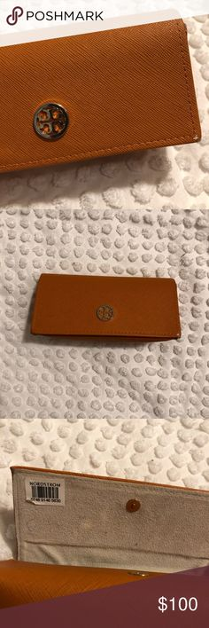 Tori Burch Sunglasses and Barely worn sunglasses with original case and cover bag. Tortoise shell Tory Burch Accessories Sunglasses