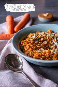 Veganes Möhrenrisotto mit Erdnuss Vegan carrot risotto with peanut - vegan mom Rezepte Veggie Recipes, Vegetarian Recipes, Dinner Recipes, Healthy Recipes, Vegetarian Lifestyle, Risoto Vegan, Vegan Risotto, Clean Eating Dinner, Vegan Dinners