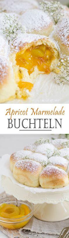 Apricot Marmelade Buchteln / oven baked yeast dumplings with powdered sugar   Aprikosen Marmelade Buchteln mit Puderzucker