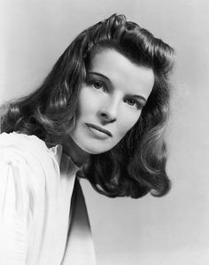 """Katharine Hepburn publicity portrait for the stage production of """"The Philadelphia Story"""", Photographed by Alfred Eisenstaedt Golden Age Of Hollywood, Vintage Hollywood, Hollywood Glamour, Hollywood Stars, Classic Hollywood, Hollywood Quotes, Hollywood Icons, Hollywood Actresses, Katharine Hepburn"""