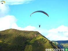 Parapente Vuelos La Troncal Ecuador Volar en parapente disfrutando de las paisajes .