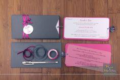 Faire-part mariage pochette rectangulaire - Gris, fushia et blanc. Chic et élégant -  rubans croisés, calque et masking tape