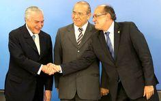 O presidente Michel Temer e seu ministro-chefe Eliseu Padilha, ambos citados em delações da Odebrecht, levam o presidente do TSE e ministro do STF para passear em Portugal