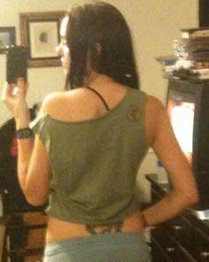 Subject to Fashion: DIY: T-shirt cutting