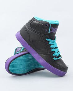 Love this NYC 83 VLC Sneakers by Osiris on DrJays. Take a look and get 20% off your next order!