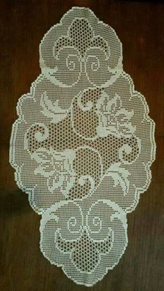 This Pin was discovered by Hac Crochet Dollies, Crochet Doily Patterns, Crochet Art, Crochet Home, Thread Crochet, Crochet Patterns Amigurumi, Vintage Crochet, Crochet Designs, Free Crochet