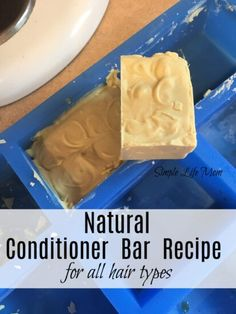 Natural conditioner bar recipe for all hair types from Simple Life Mom Diy Shampoo, Homemade Shampoo, Shampoo Bar, Homemade Facials, Homemade Mascara, Homemade Clay, Homemade Cosmetics, Homemade Conditioner, Hair Conditioner