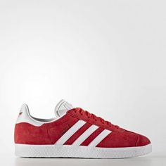 Explore the adidas classic Gazelle shoe for men, women & kids. Find all styles and colors of the casual Gazelle OG sneaker or design your own today! How To Wear Sneakers, Casual Sneakers, Adidas Sneakers, Shoes Sneakers, Adidas Gazelle, Stan Smith, Sportswear Brand, Shoe Game, Gq