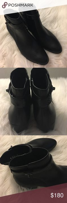 Brand new Coach boots Brand new shoes 👠 for women never worn 👠😊 Coach Shoes Ankle Boots & Booties