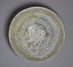 Fine and Rare White Slip Inlaid Punchong C. Hand Painted Plates, Decorative Plates, Korean Art, White Slip, Tea Service, Pottery Bowls, Art Object, Stoneware, Pots