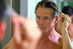 The following is a simple guideline about the natural hair regrowth for men.