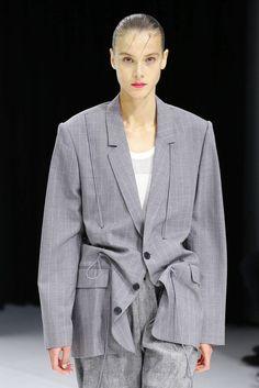 2019 Casual Fashion Trends For Women - Fashion Trends Style Couture, Couture Fashion, Girl Fashion, Womens Fashion, Style Casual, My Style, Suits For Women, Women Wear, Fashion Details
